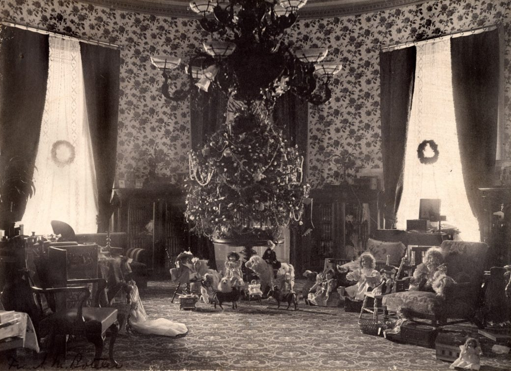 Which President Banned Christmas Trees From The White House.Christmas Traditions At The White House Fact Sheet White