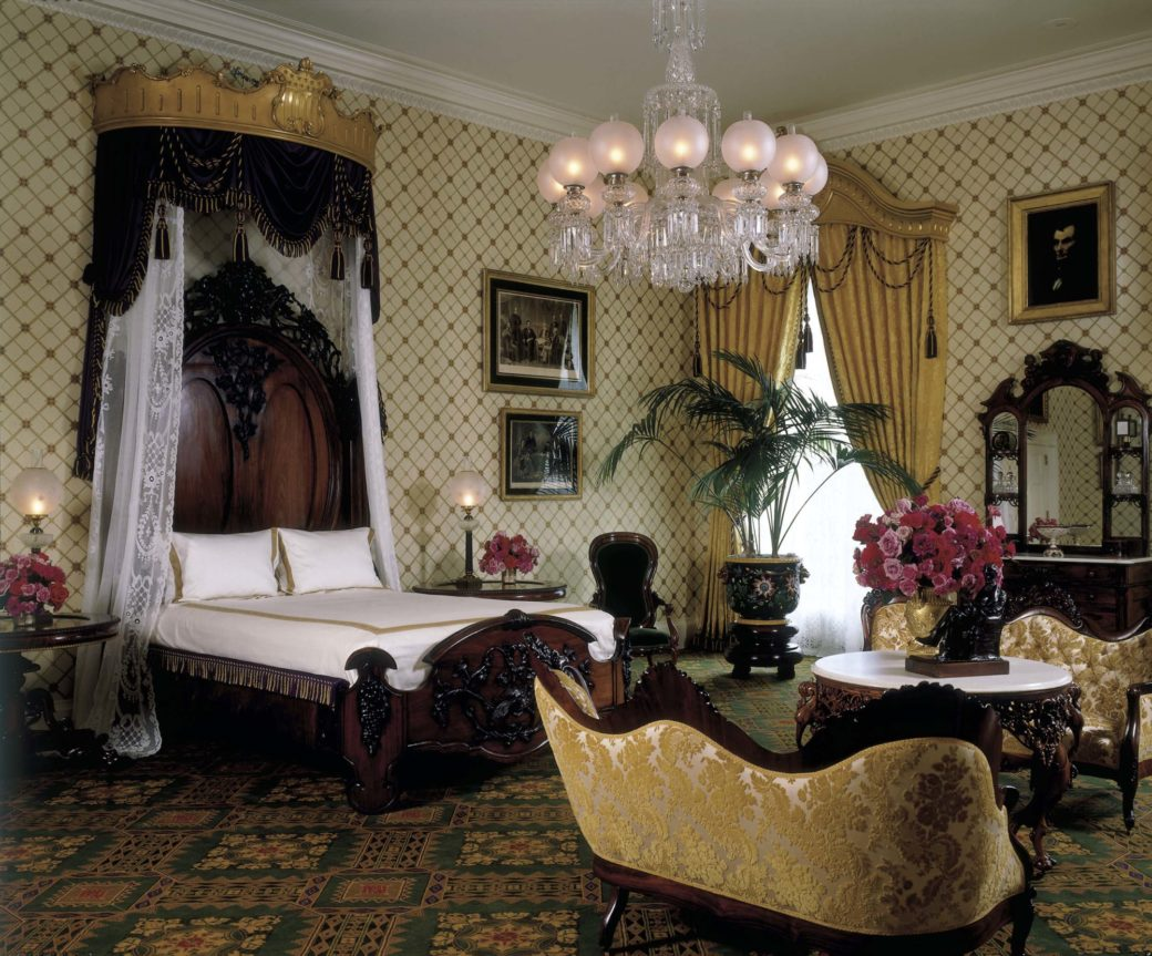 The Lincoln Bedroom: Refurbishing a Famous White House Room - White ...